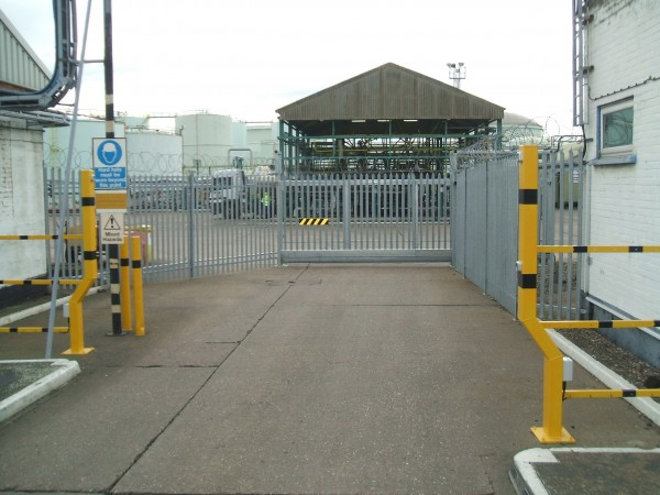 Top tier COMAH site automated sliding gate